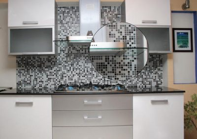 backsplash-glass-mosaic-tile-500x500