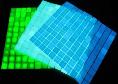 glow-in-dark-glass-mosaic-tiles-500x500